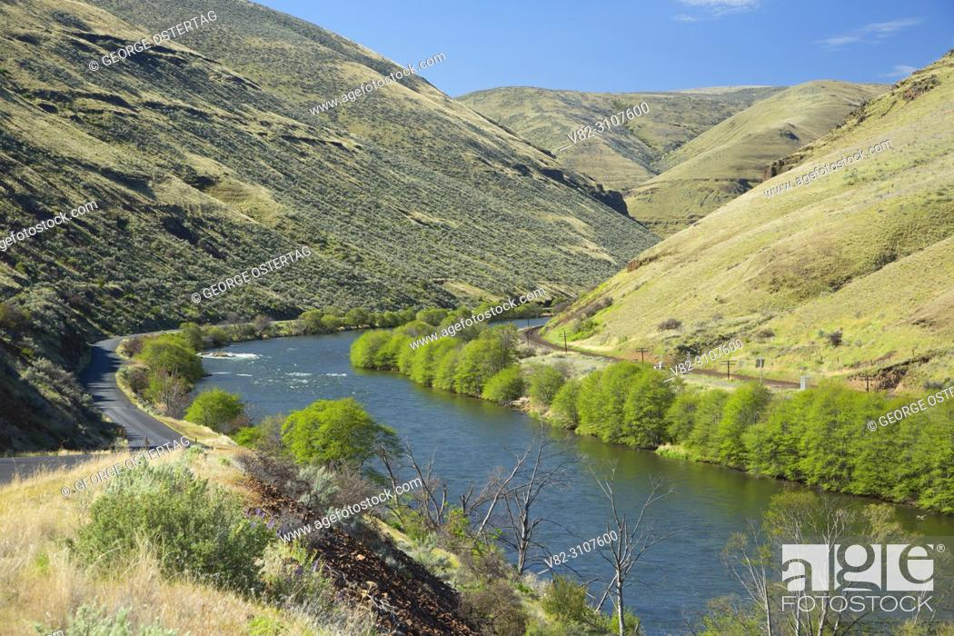 Stock Photo: Deschutes Wild and Scenic River, Lower Deschutes National Back Country Byway, Oregon.