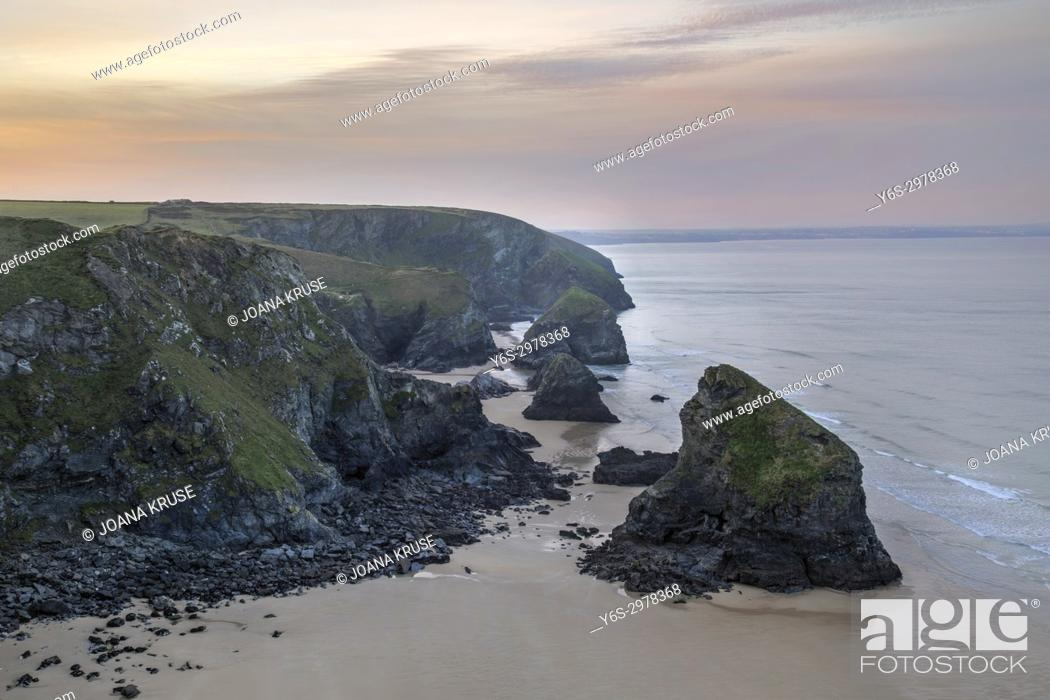 Stock Photo: Bedruthan Steps, Padstow, Cornwall, England, UK.