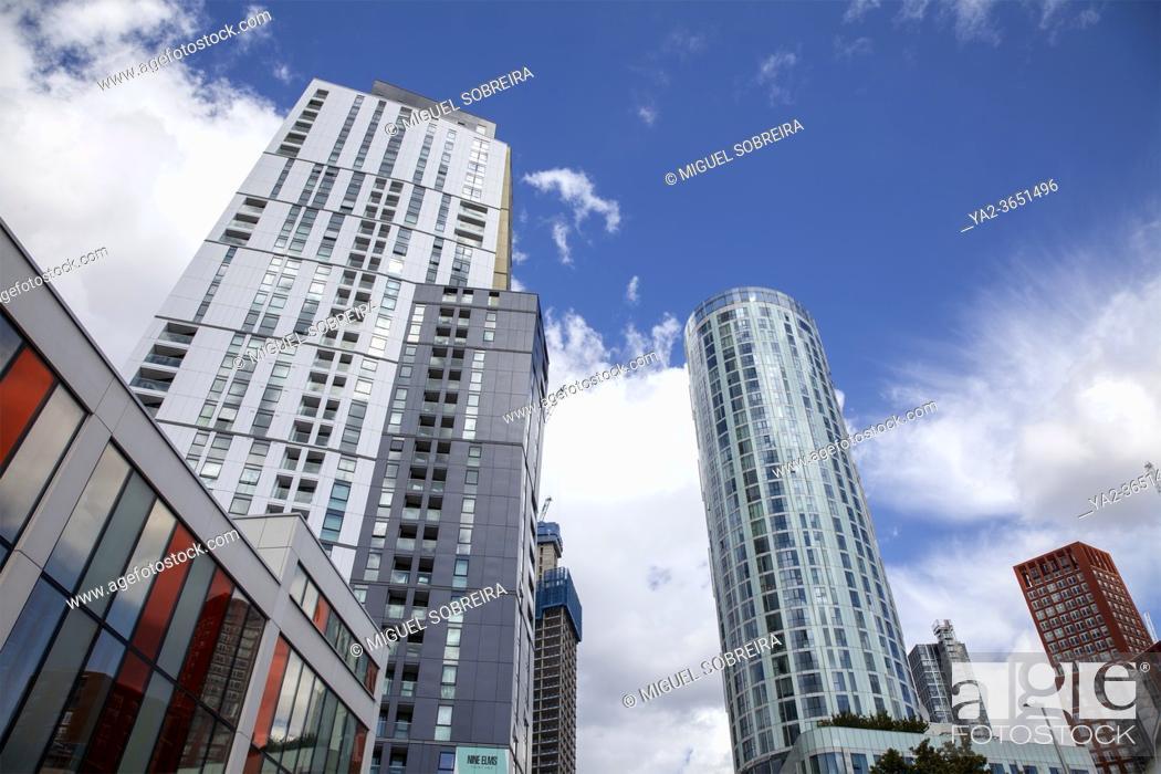 Imagen: Modern Buildings at Nine Elms in London, UK.