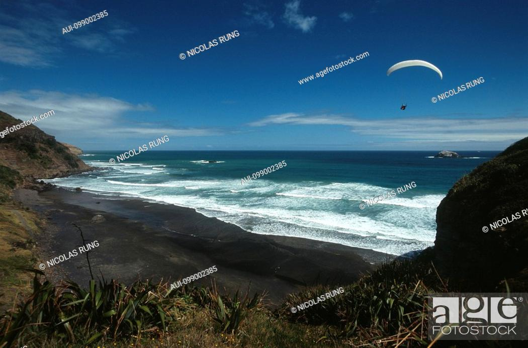 Stock Photo: New Zealand - North Island - Auckland - Muriway beach.