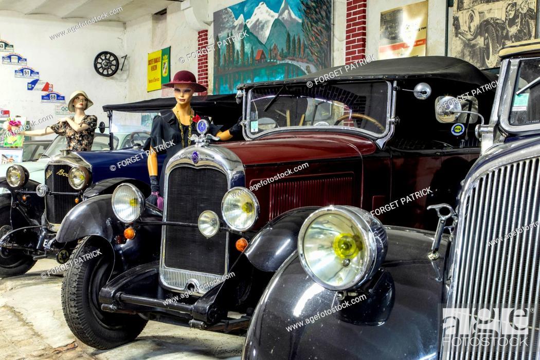 Imagen: 1934 CITROEN C4, TORPEDO CAR BODY, THE DROUAIS RETRO MOBILE MUSEUM, EURE-ET-LOIR (28), FRANCE.