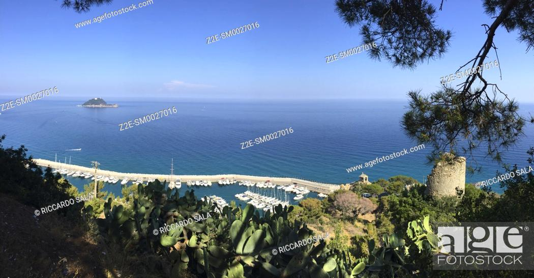 Stock Photo: Italy, Liguria, Alassio, Punta Santa Croce, Harbour background Gallinara Island. . . .