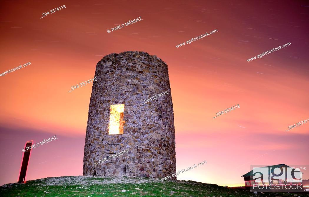 Stock Photo: Watching tower of Torrepedrera, El Berrueco, Madrid, Spain.