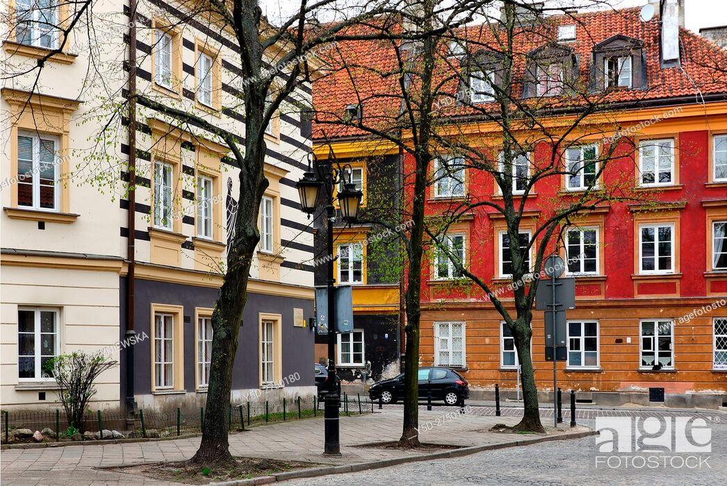 Stock Photo: Architecture, Rynek Nowego Miasta, New Town Market Place, Koscielna street in background, Warsaw, Poland, Europe.
