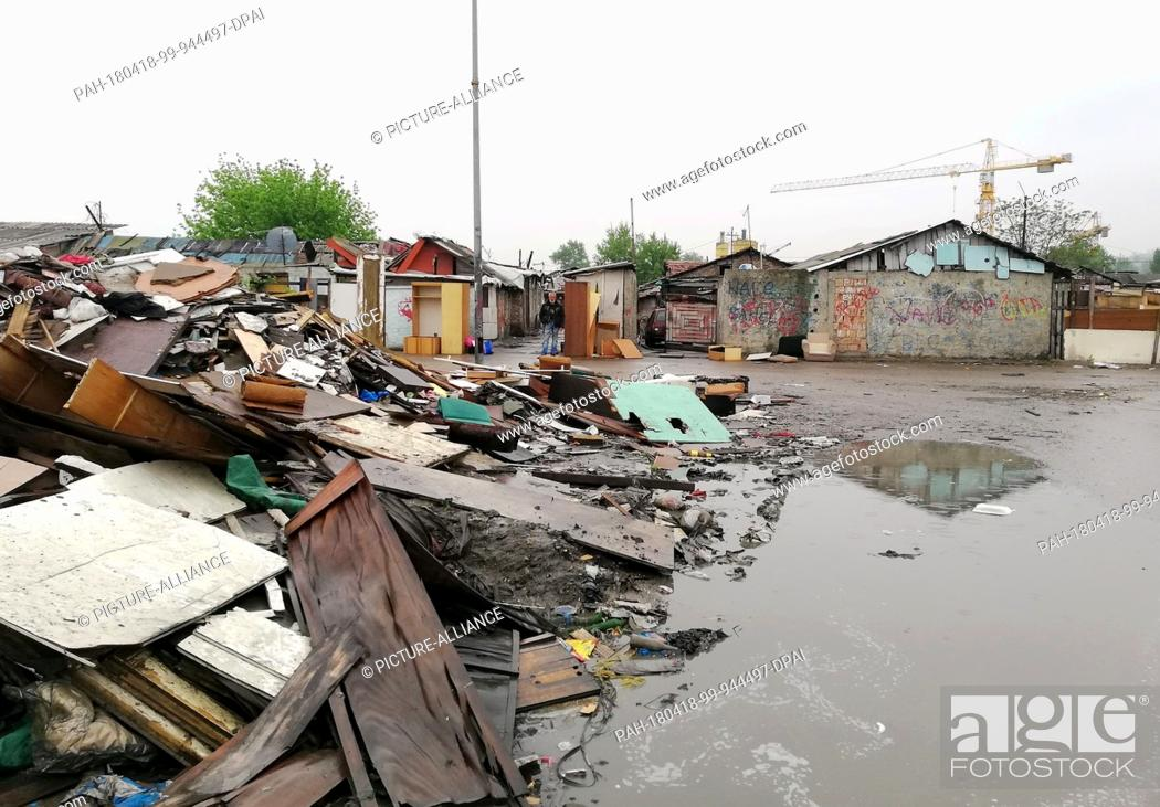 """Stock Photo: 18 April 2018, Belgrad, Serbia:..A peek into the Roma settlement """"""""Ada Huja"""""""". A few kilometers away from the center there is no electricity or water in the."""