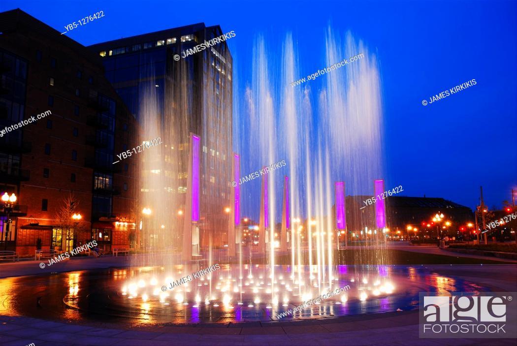 Stock Photo: Fountain Rings, Boston.