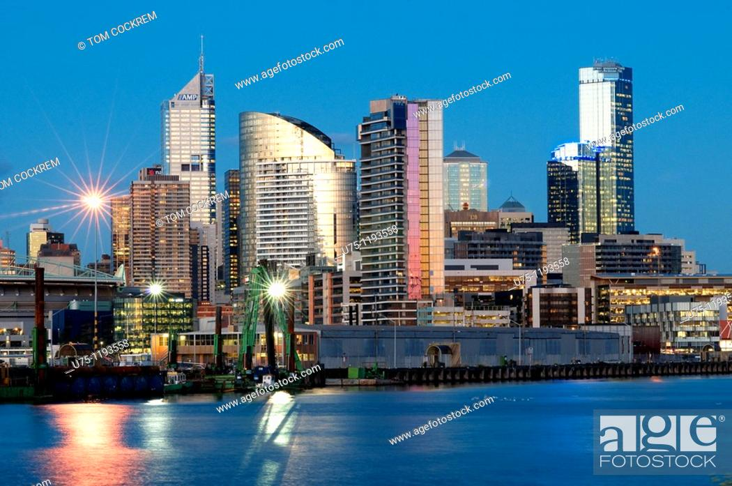 Stock Photo: Melbourne skyline and Yarra River from West, Victoria, Australia.