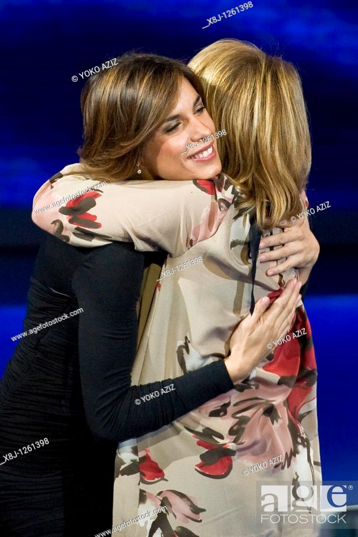 Stock Photo: 21 11 2010, Che tempo che fa, RAI 3, Milan  Elisabetta Canalis and Luciana Littizzetto.