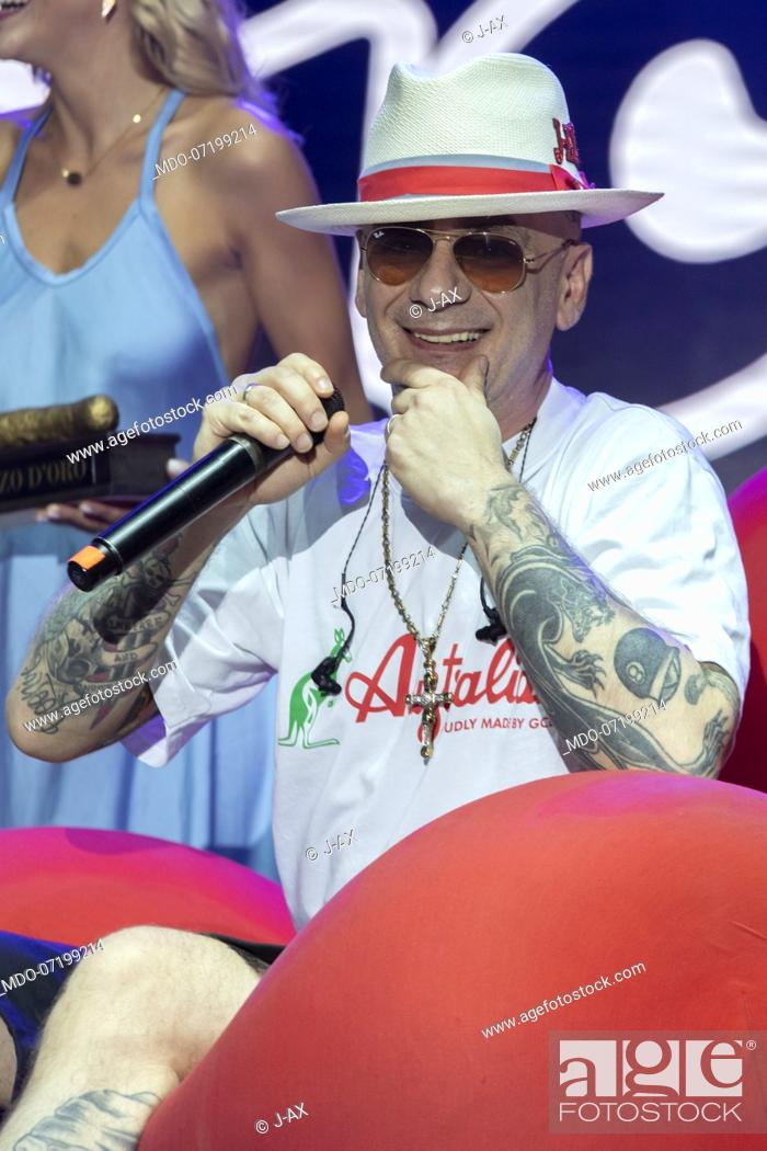 Imagen: The Italian rapper J-Ax during the concert for the 20 years of Lo Zoo di 105 at the Hippodrome. Milan (Italy), July 8th, 2019.