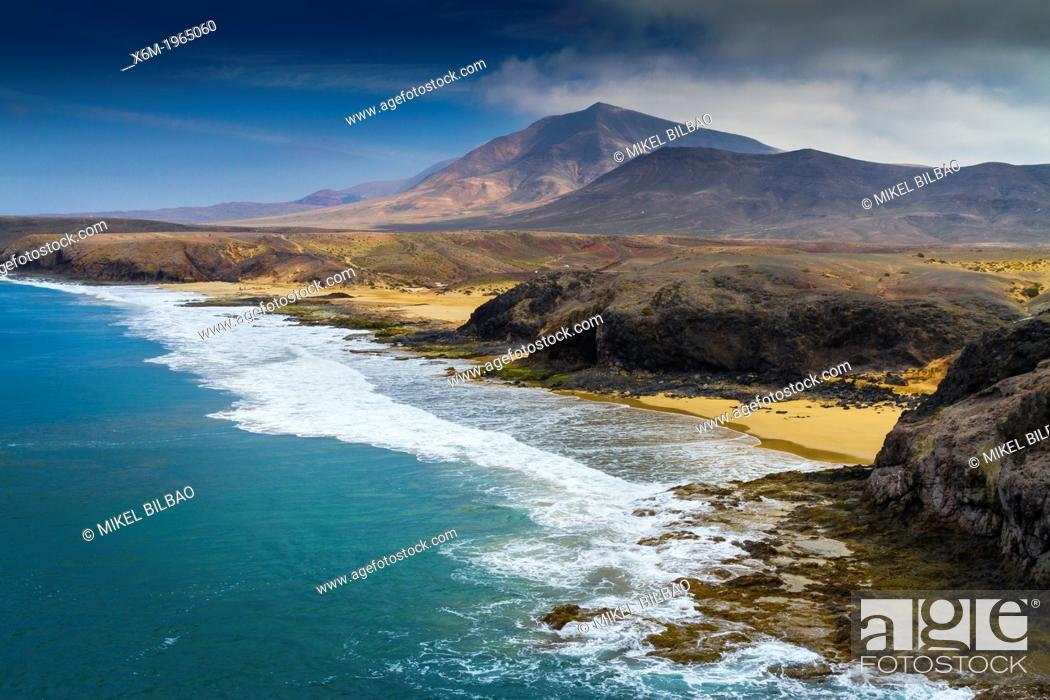 Stock Photo: Papagayo Coast. Los Ajaches Natural Monument.