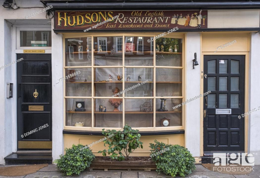 Stock Photo: Hudsonâ. . s Tea shop and restaurant on Baker Street in London.