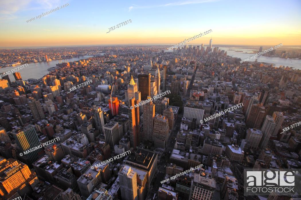 Imagen: Manhattan seen from Empire State Building, New York City, USA.