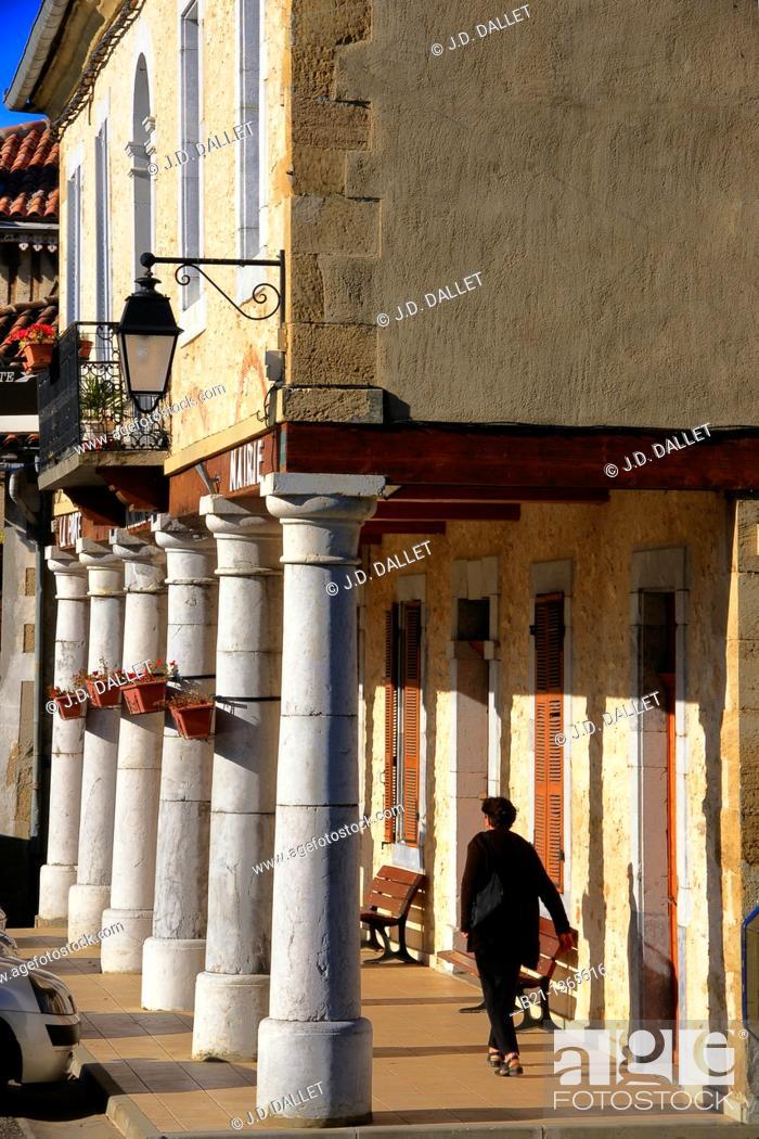 Stock Photo: Bastide of Monléon-Magnoac, Hautes-Pyrenees, Midi-Pyrenees, France.