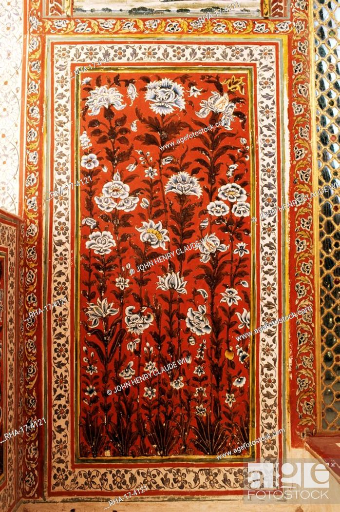 Stock Photo: Detail of a painted wall in the Sheesh Mahal mirrored hall hall of mirrors, Kuchaman Fort, Rajasthan state, India, Asia.