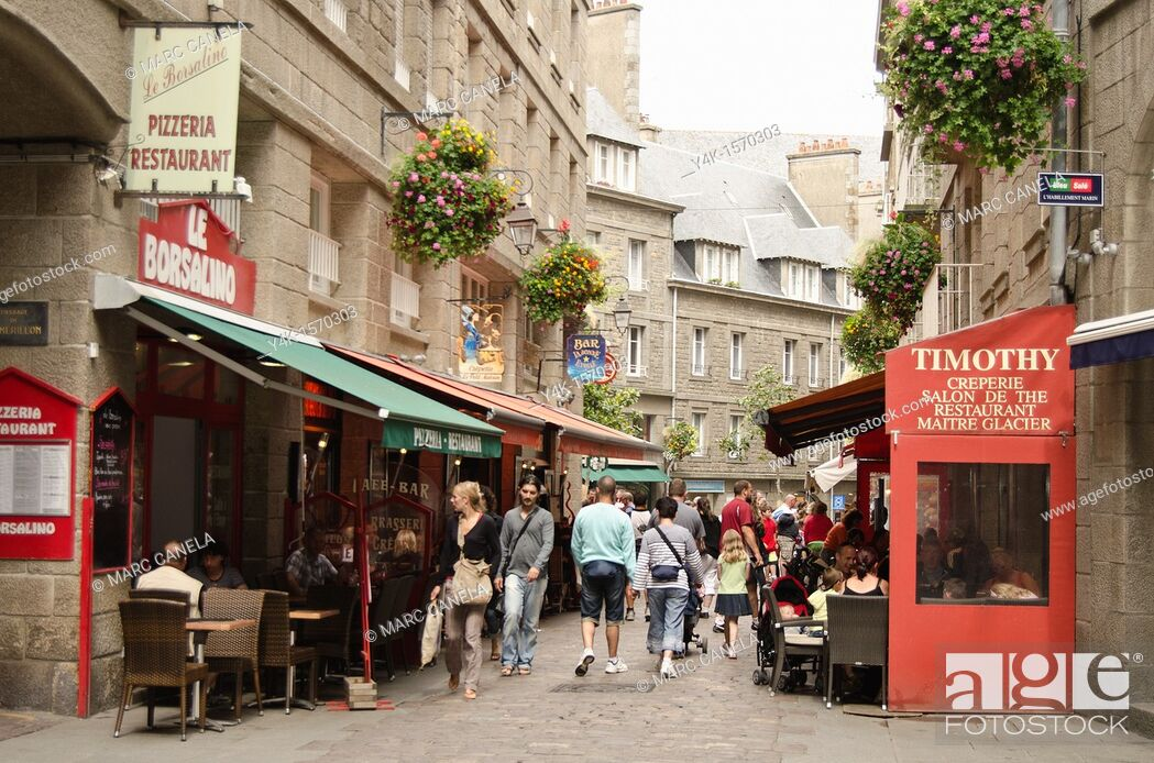 Stock Photo: Europe, France,Bretagne Brittany Region, Saint Malo City, people walking in the street.
