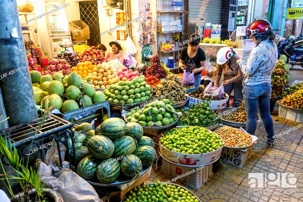 Stock Photo: Street market in Can Tho, south Vietnam, Vietnam, Asia.