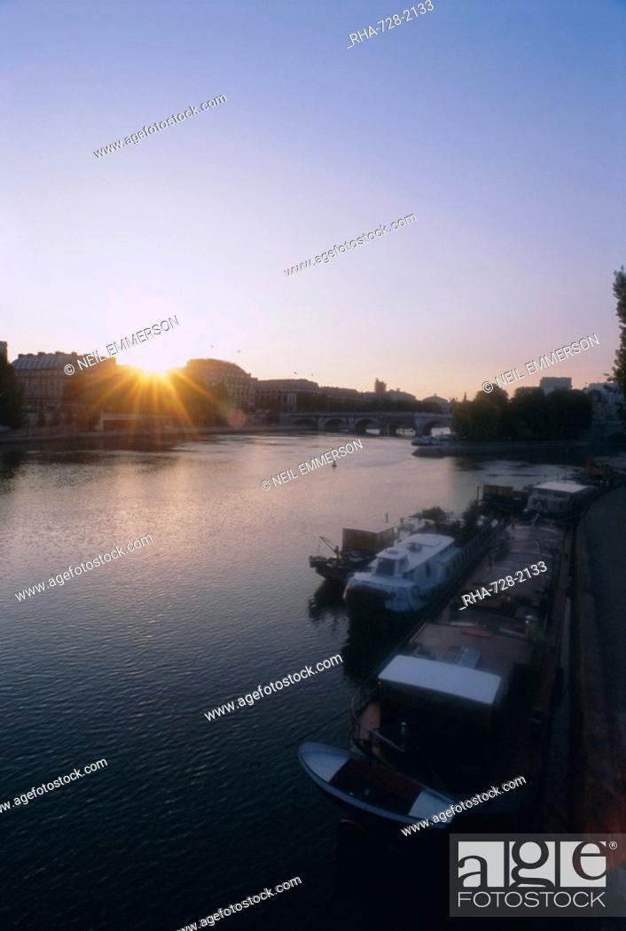 Stock Photo: Seine River, Paris, France, Europe.