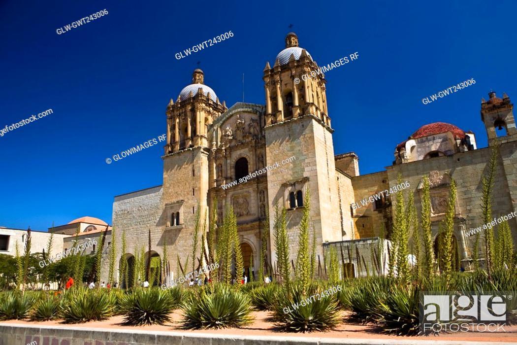Stock Photo: Low angle view of a church, Santo Domingo De Guzman Church, Oaxaca, Oaxaca State, Mexico.