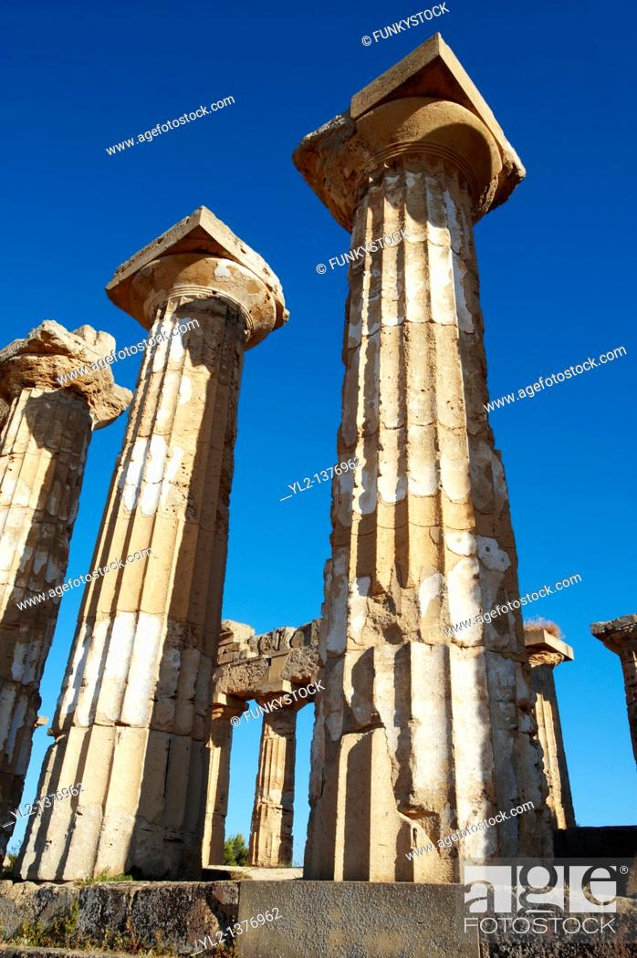 Stock Photo: Greek Dorik columns at the ruins of Temple F at Selinunte, Sicily.