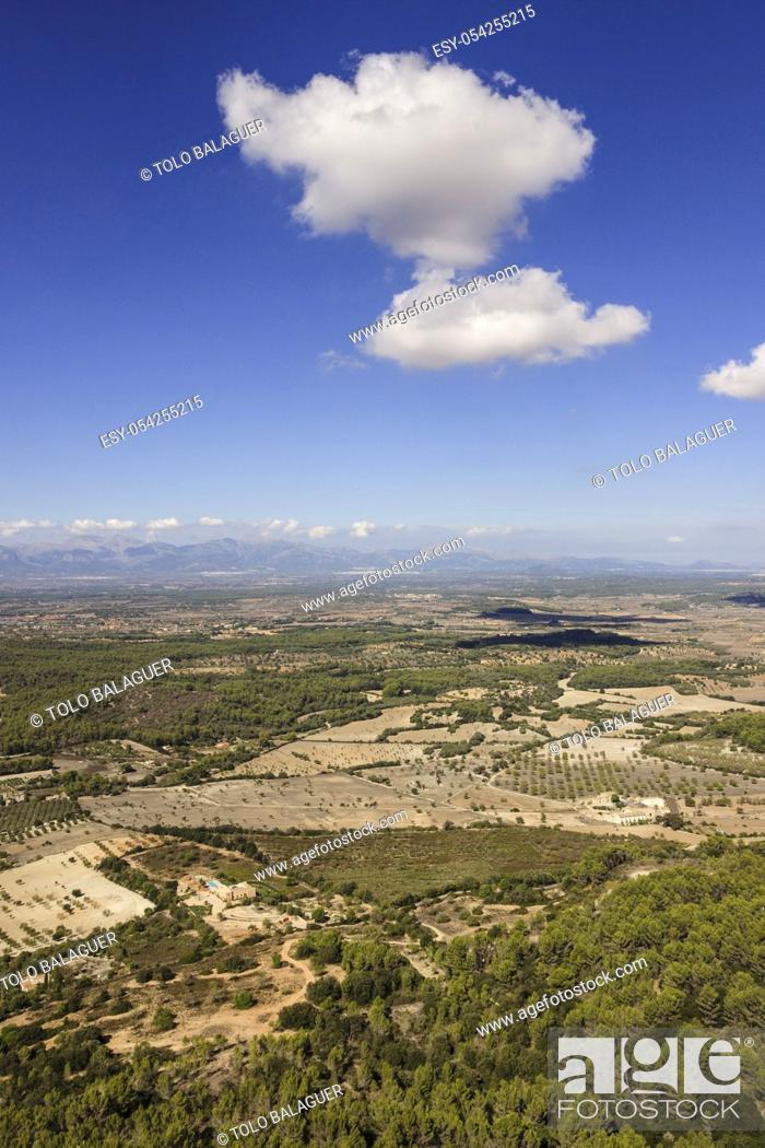 Imagen: Plá de mallorca desde el santuario de Nuestra Senyora de Cura. Algaida, Pla de Mallorca. Mallorca. Islas baleares. España.