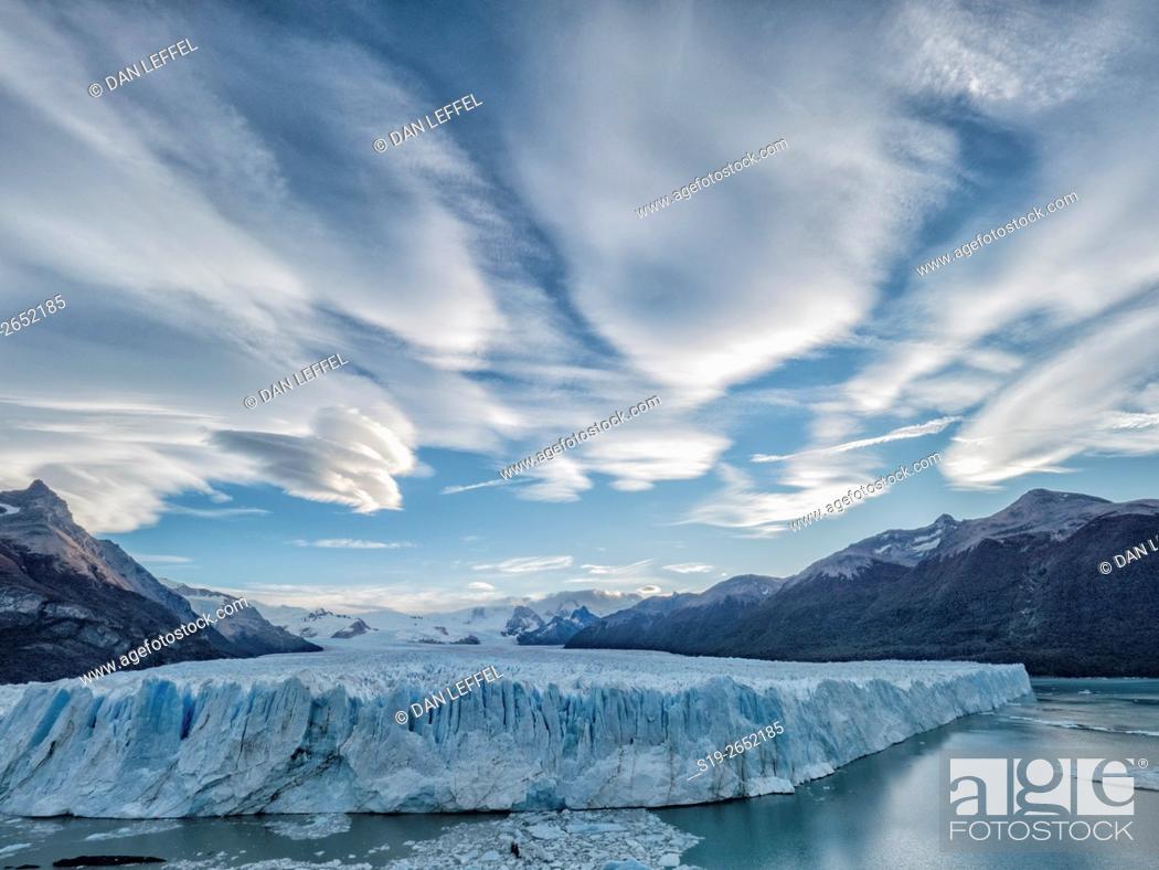 Stock Photo: Glaciar Perito Moreno Lenticular Clouds.