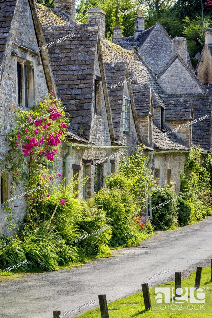 Stock Photo: Arlington Row - homes built for the local weavers, Bibury, Glocestershire, England.