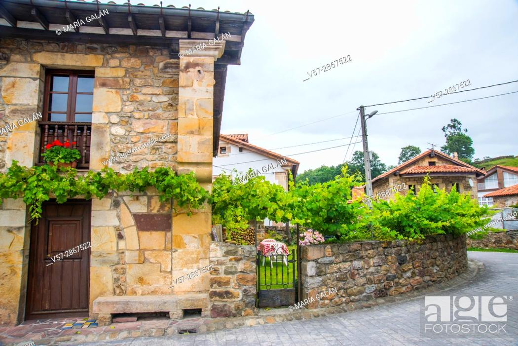 Stock Photo: Facade of traditional house. Barcenillas, Cantabria, Spain.