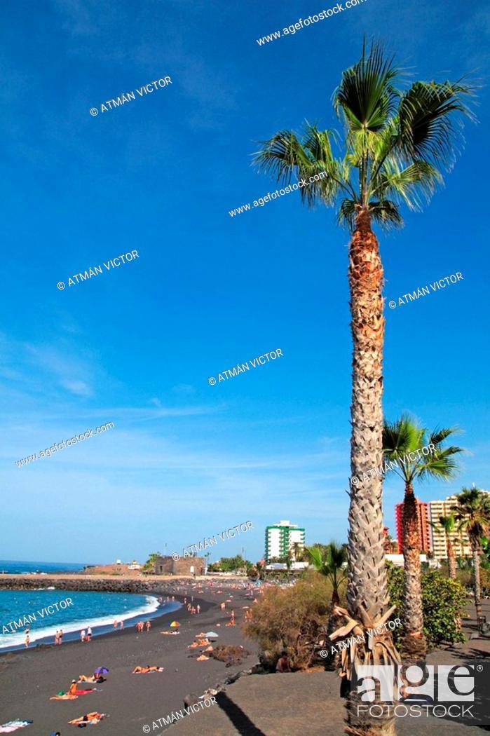 Stock Photo: Puerto de la Cruz, Tenerife. Canary Islands, Spain.