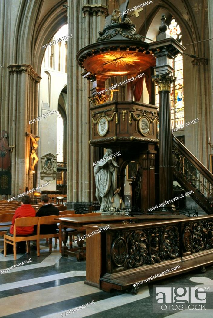 Stock Photo: Belgium - Flanders - Bruges - Saint-Salvator Cathedral.