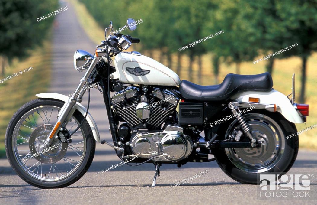 harley-naked-bike