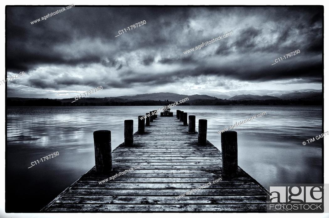 Stock Photo: old jetty, lake windermere, lake district, cumbria, england, uk, europe.