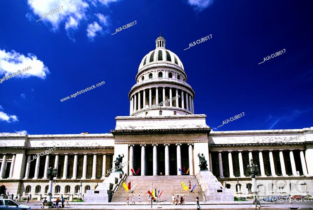 Stock Photo: Cuba - The Havana - The Capitol.