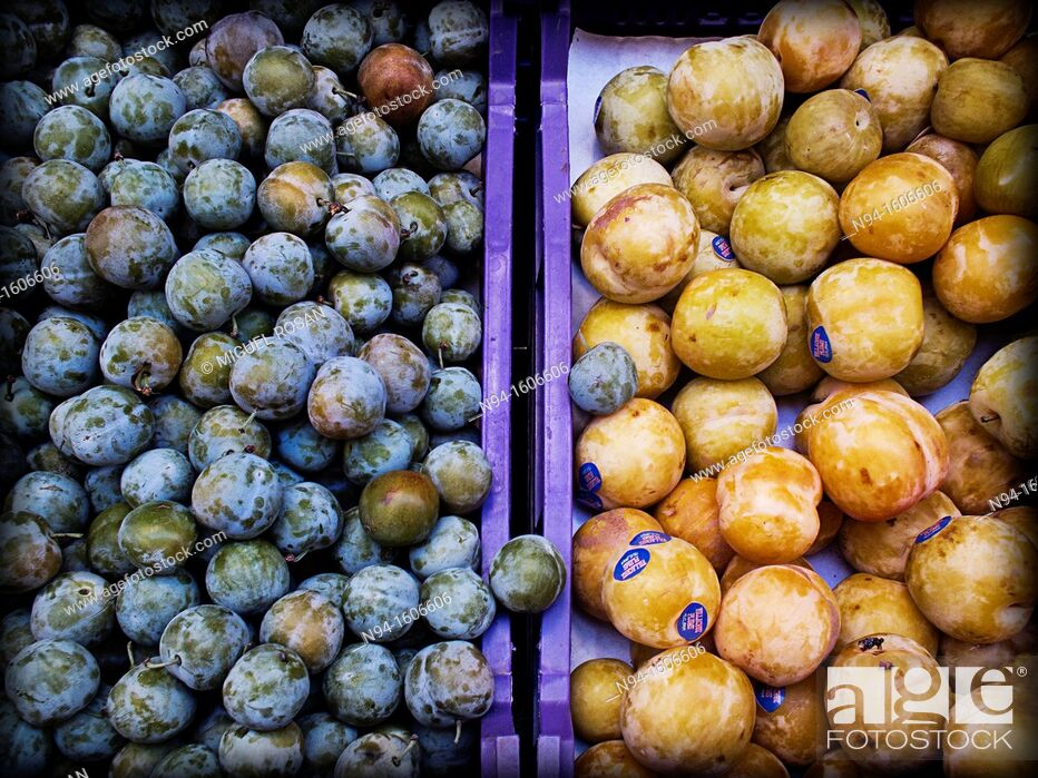 Stock Photo: Drawers seasonal fruit exposed for sale in the Central Market.