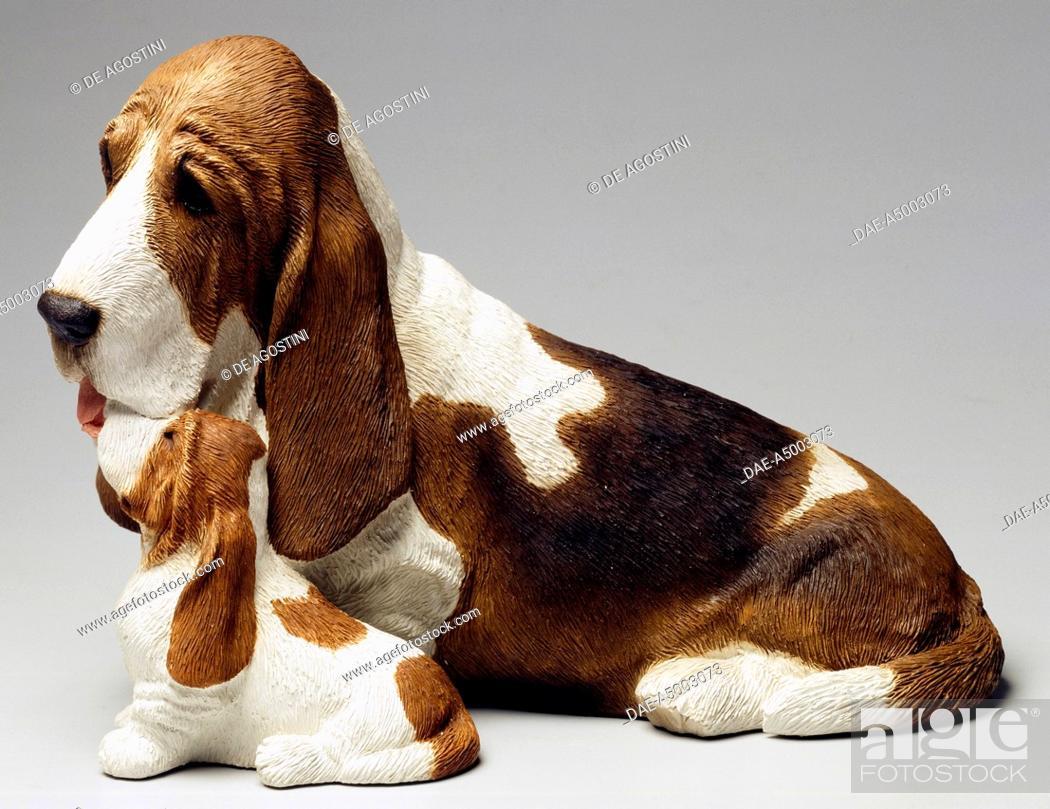 Basset Hound and puppy, by Sandra Brue, ceramic, Sandicast