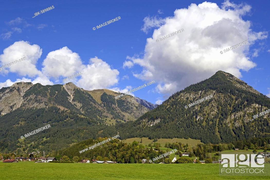 Stock Photo: Panoramic view from the Loretto Meadows to the mountains near Oberstdorf, Rubihorn 1937m, Gaisalphorn 1953m, Nebelhorn 2224m and Schattenberg 1721m, Allgäu Alps.