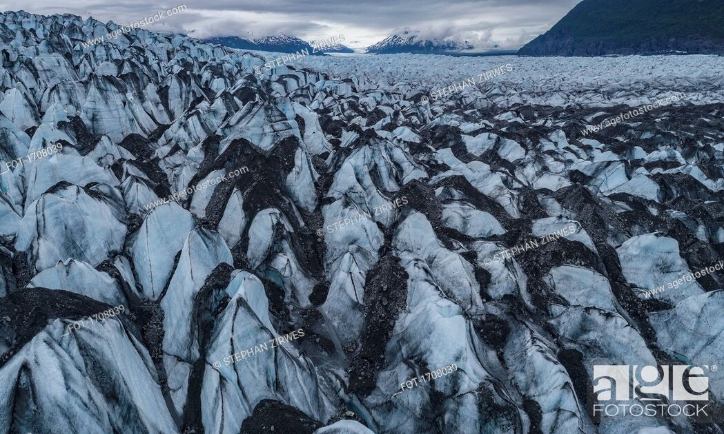 Stock Photo: Idyllic shot of glacier landscape, Knik Glacier, Palmer, Alaska, USA.