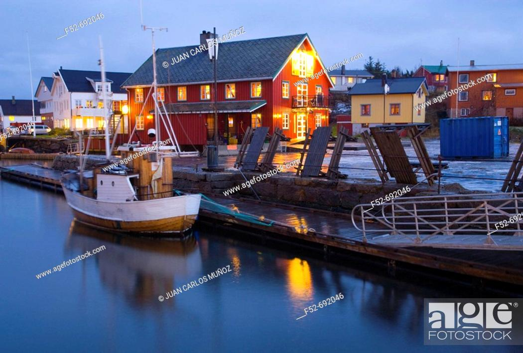 Stock Photo: North Sea. Lofoten Islands, Norway, Europe.