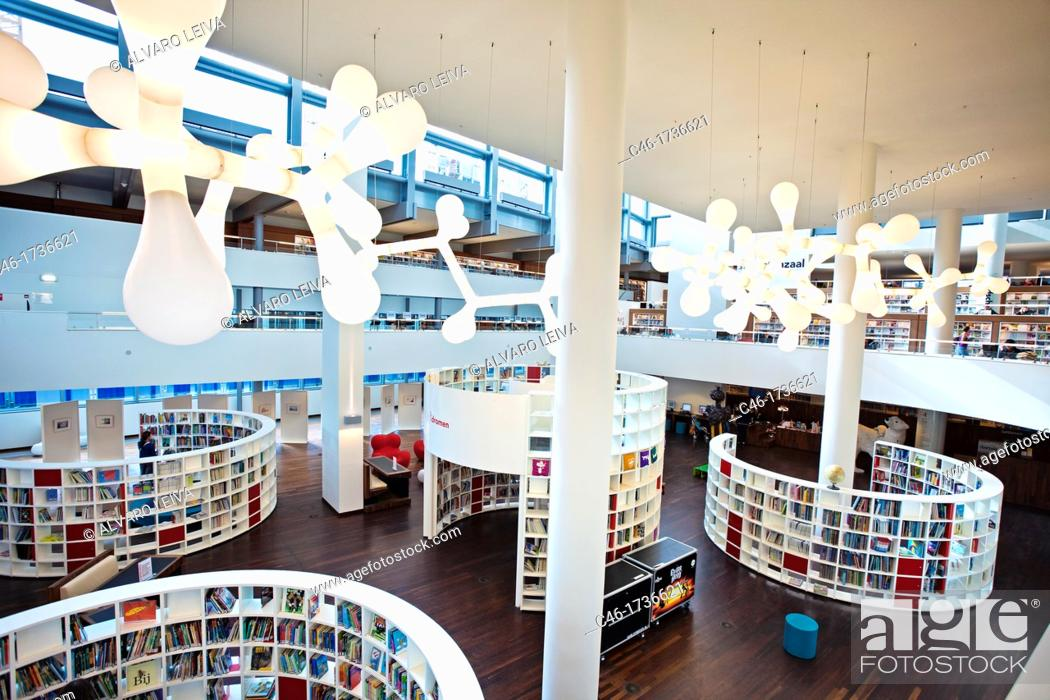 New amsterdam library