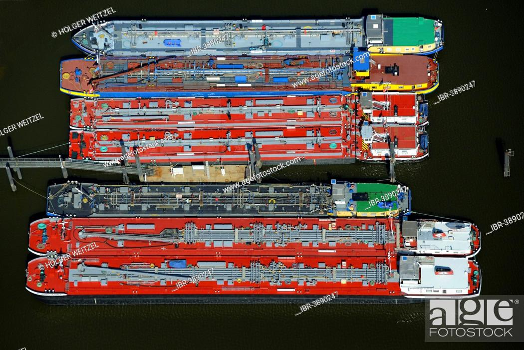 Supply vessels, tankers of Dettmer shipping company, providing