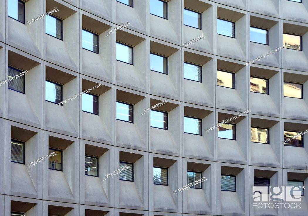 Stock Photo: USA : An office building in Washington , 26.05.2017 - Washington, District of Columbia, USA, 26/05/2017.