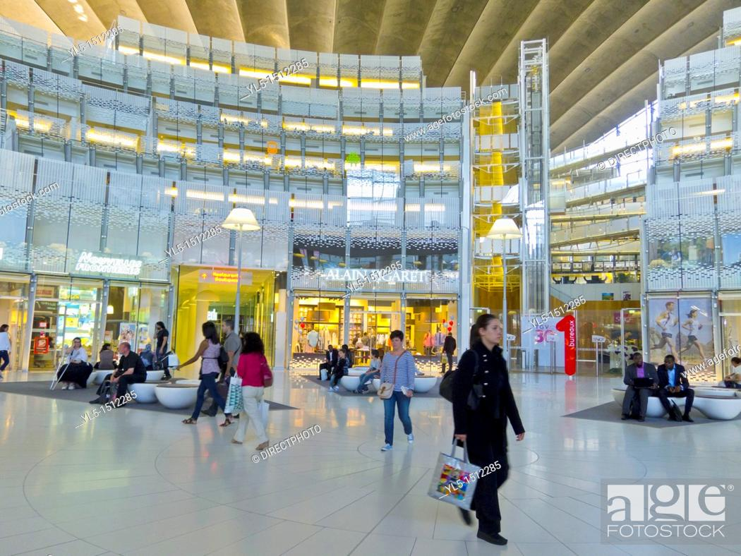 paris france people inside la défense business center views cnit