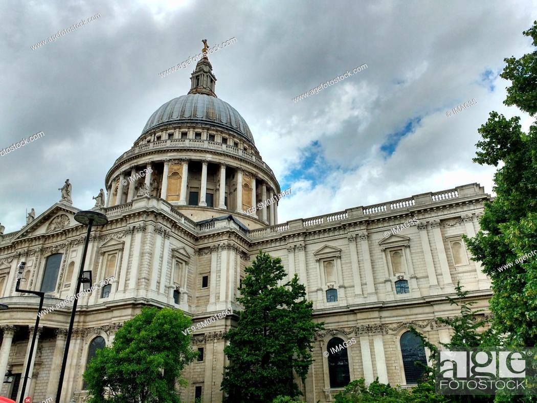 Stock Photo: Saint Paul's Cathedral, London, United Kingdom.
