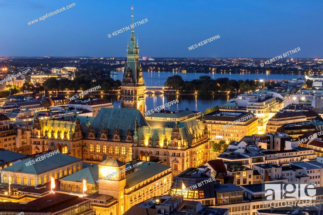 Stock Photo: Germany, Hamburg, Hamburg city hall and Alster Lakes.