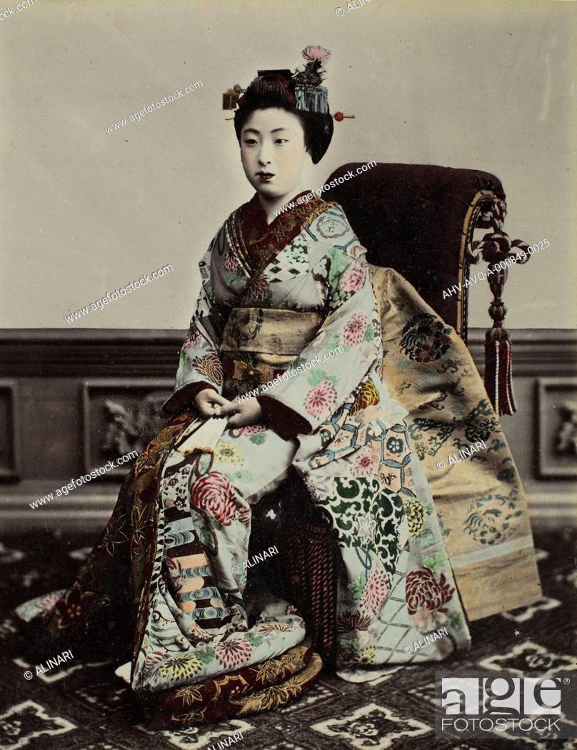 Imagen: Portrait of a Geisha, shot 1885 ca. by School of Yokohama.