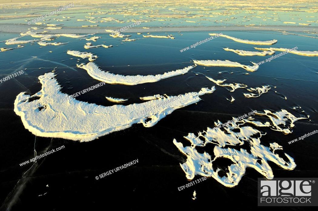 Stock Photo: Snow pattern on ice.