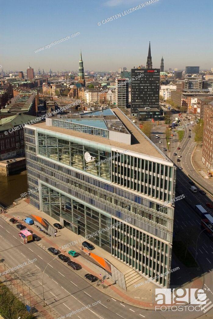 Stock Photo: Deichtorcenter, modern office building in Hamburg, Germany.