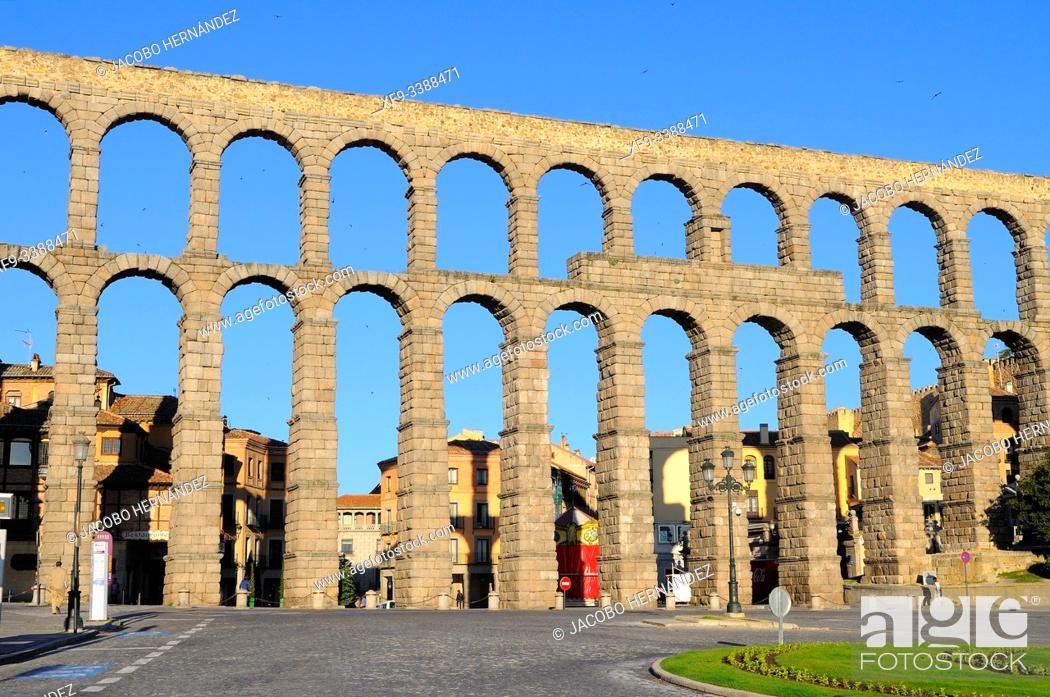 Imagen: Roman acueduct of Segovia. Castilla y León. Spain.