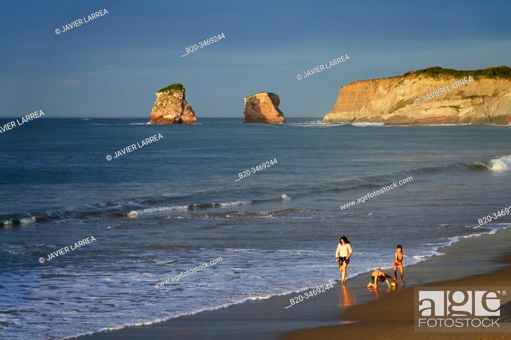 Stock Photo: Walking, Beach, Hendaye, Aquitaine, Pyrenees Atlantiques, France.