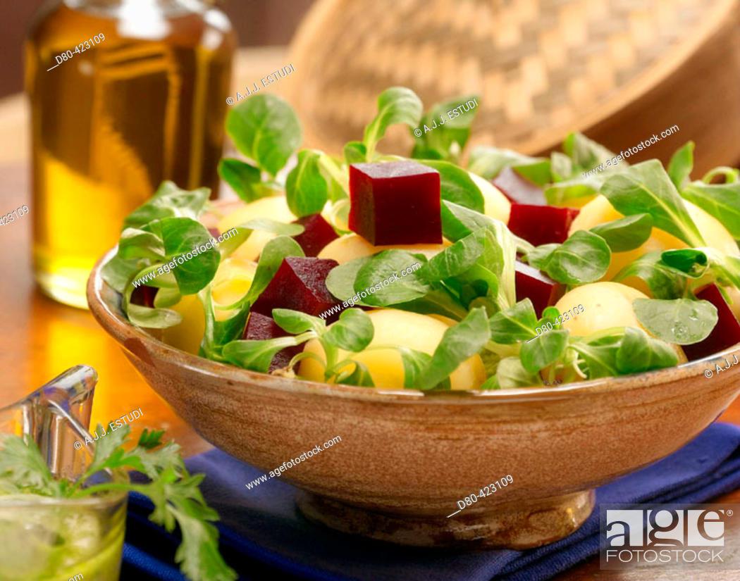 Stock Photo: Lamb's lettuce, beet ans potatoe salad.