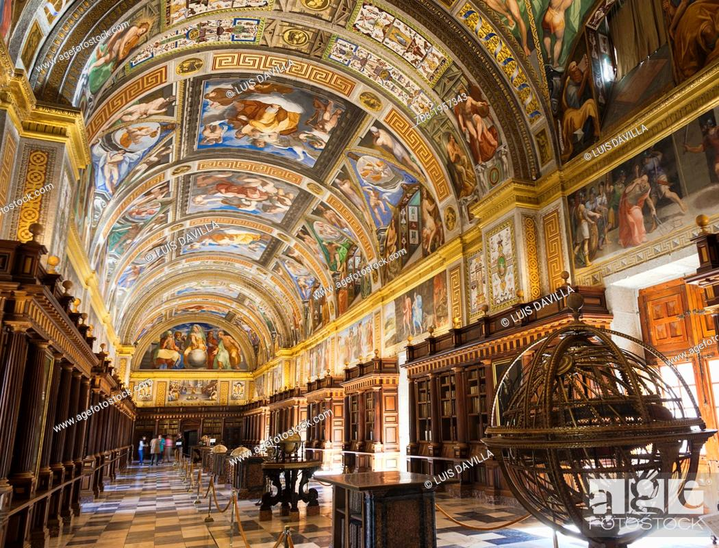 Imagen: library in Monastery of San Lorenzo de El Escorial.